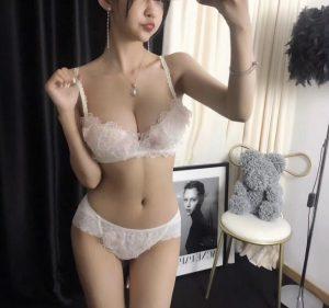 上海童颜巨乳?170E 丰乳肥臀-1