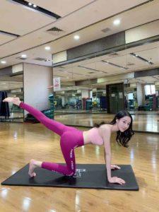 上海瑜伽教练兼职外围175D-1