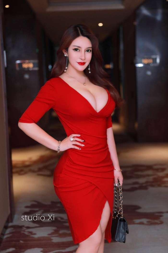 南京女大学生外围/南京外围模特资源/南京高端模特预约-1